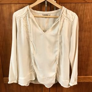 Lucky Brand 🍀 Long Sleeve Cream Top